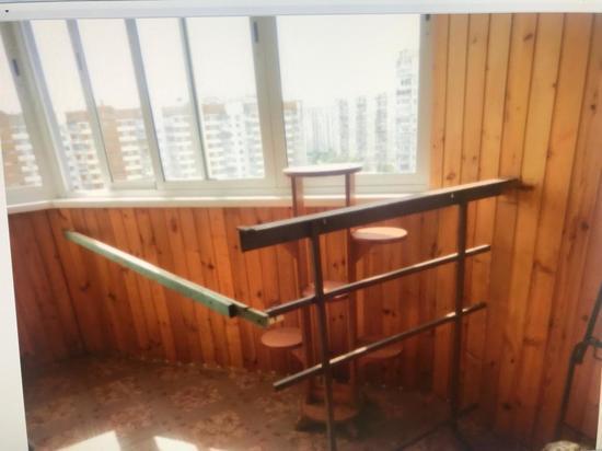 Авиаконструктор построил незаконный балкон в доме на северо-западе Москвы