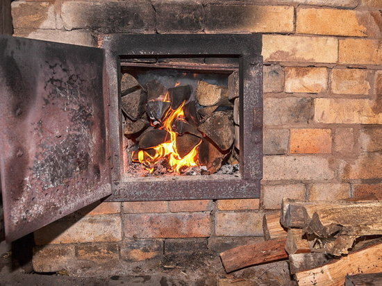 Жители костромской деревни Аксеново спасли ФАП от пожара