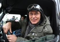 Ожидавшегося сегодня решения по делу Игоря Кудрявцева, который обвиняется по пункту «б» части 4 статьи 158 Уголовного кодекса РФ (кража, совершенная в особо крупном размере), в Вахитовском райсуде вынесено не было