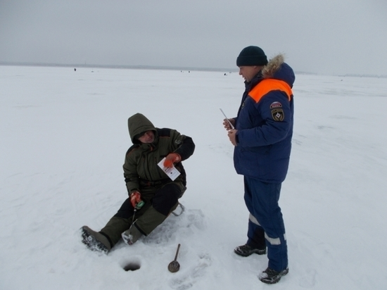 В Ульяновской области не рекомендуют выходить на лед