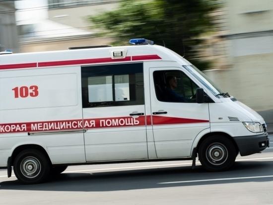 Москвич повис на стене дома на высоте 16-го этажа