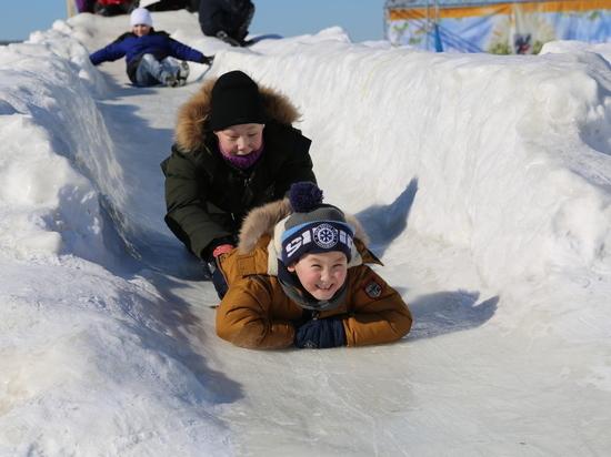 Аэропорт «Якутск» организовывает праздничные мероприятия в честь Дня авиации и космонавтики
