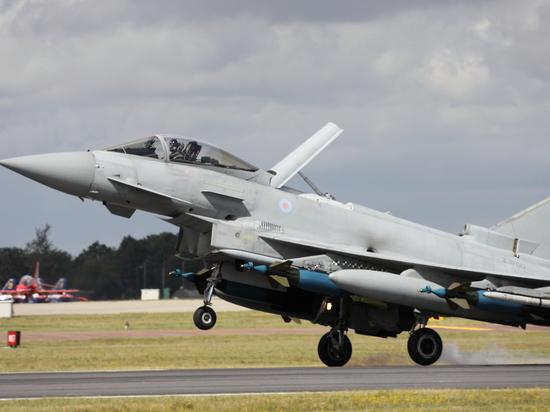 СМИ сообщили о подготовке ВВС Великобритании к удару по Сирии