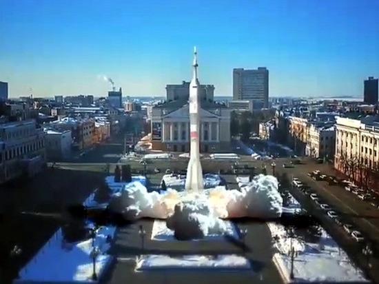 Рустам Минниханов запустил ракету с площади Свободы в Казани