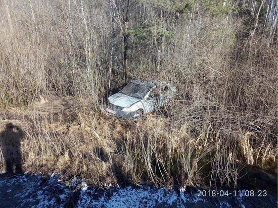 Неуправляемый занос в Тверской области закончился кюветом и двумя пострадавшими
