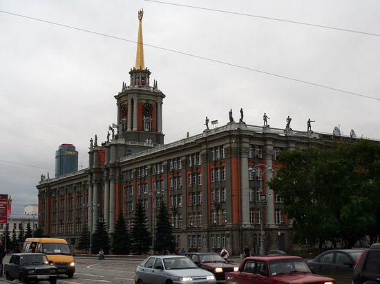 Областные власти определились с программой празднования 1 и 9 мая