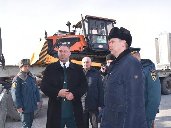 Глава Новосибирской области провел смотр сил МЧС и Минприроды