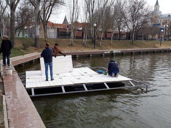 Астраханские лебеди обзаведутся новым домом