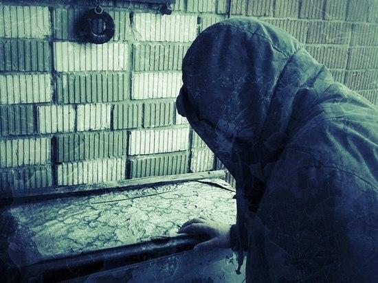 Синяк под глазом и перегар: В Кондопоге задержали мошенника-похитителя водки
