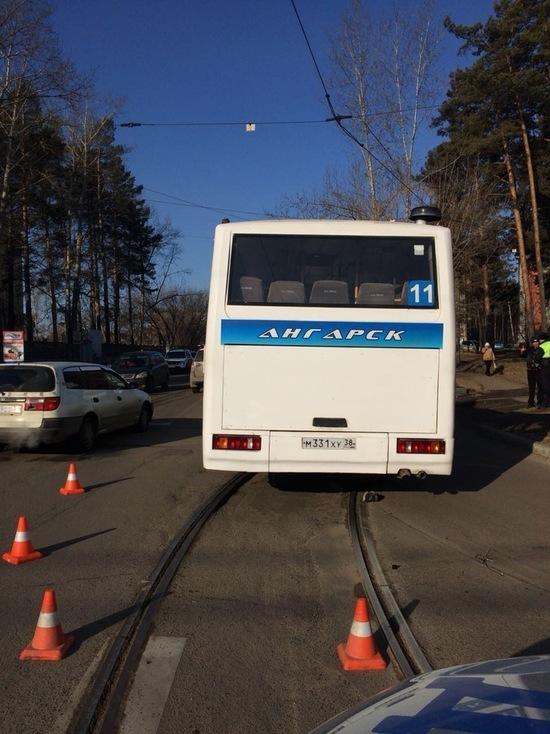 В Ангарске автобус насмерть задавил велосипедиста