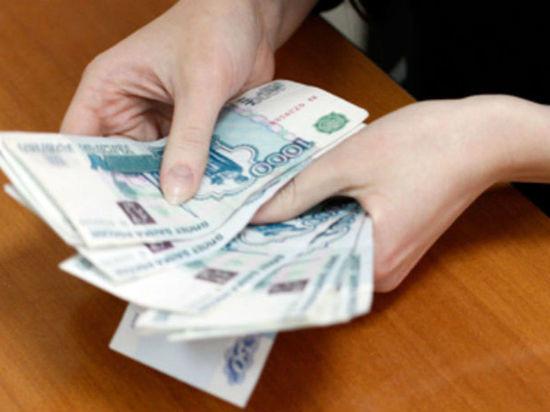 В Соль-Илецке будут судить экс-чиновницу, получившую крупную взятку за субсидию на строительство
