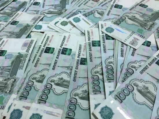 При обыске у арестованного по подозрению во взяточничестве сотрудника УФСБ по Самарской области нашли 80 миллионов рублей