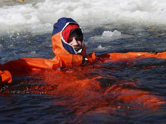 «Иду на лыжах к полюсу!»: спецкор «МК» в Большой Арктической экспедиции