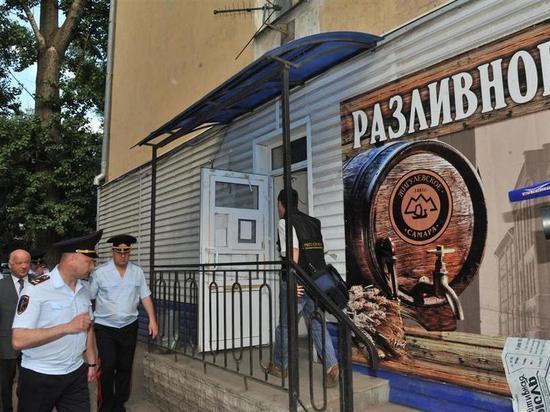 Дмитрий Азаров отказался легализовать «разливайки»