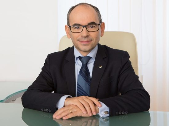 Генеральным президентом АвтоВАЗа станет глава румынского Renault Ив Каракатзанис