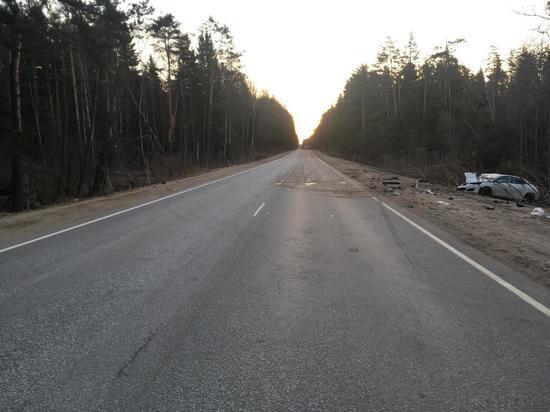 В лобовом столкновении автомобилей под Тверью пострадали 5 человек