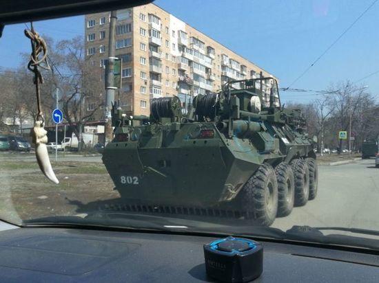Военную технику заметили на улицах Владивостока