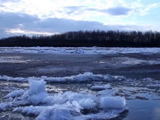 МЧС проводит на реках Приангарья работы, которые помогут предотвратить паводки