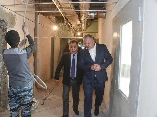 В Туве спешат достроить новое здание терапевтического корпуса