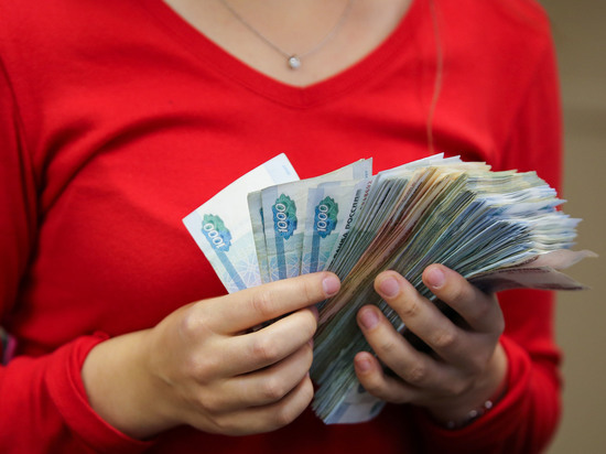 Полиция проверяет информацию о мошеннице во Владивостоке