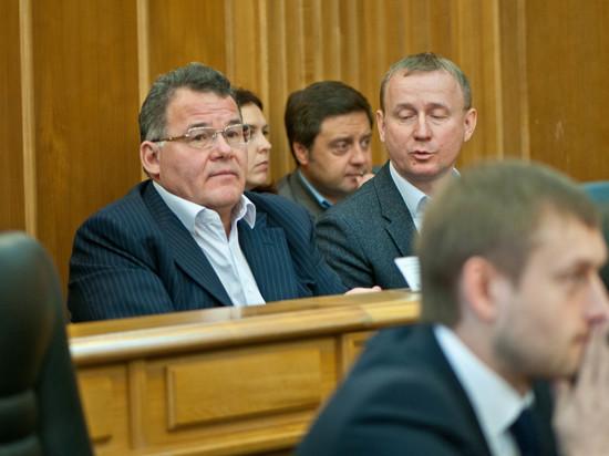 Названы самые богатые чиновники правительства Свердловской области