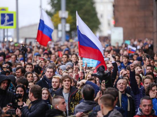 «Молодую гвардию» научат противостоять акциям, подобным Майдану