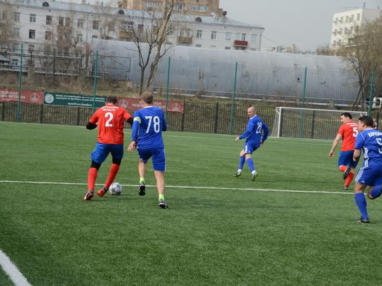 Мурманские чиновники проиграли Совету Федерации на московском футбольном поле