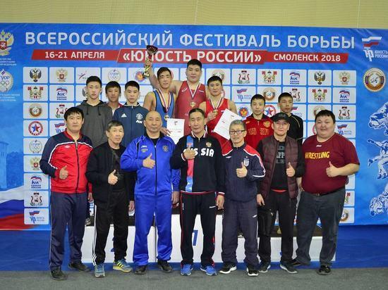 Якутские борцы завоевали пять золотых медалей