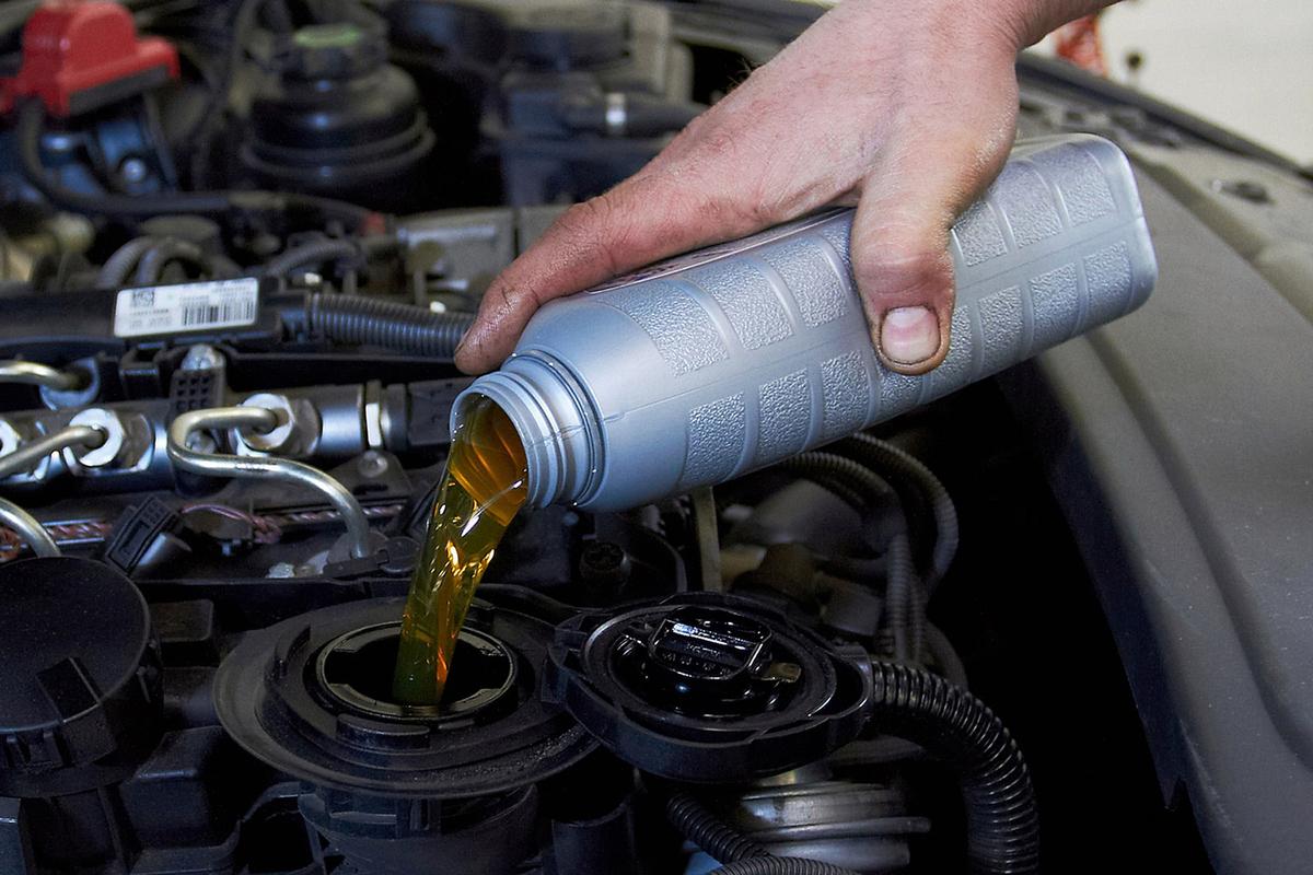 картинки прикольные замена масла в двигателе
