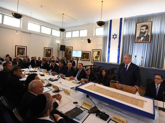 В зале Независимости в Тель-Авивесостоялось праздничноезаседание правительства