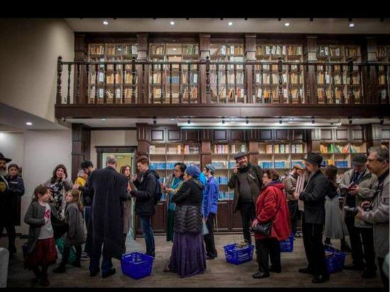 Самыйбольшой в России и странах СНГ магазин еврейской литературыотрылся в Москве при поддержке в ФЕОР