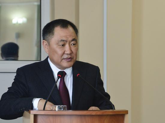 Правительство Тувы отчиталось перед парламентом о работе в 2017 году