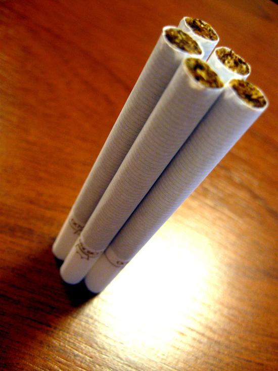 Курение почти вдвое увеличивает риск инсульта, заявили ученые