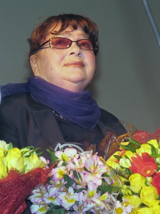 Постоянная партнёрша Табакова умерла на 40-й день после его кончины