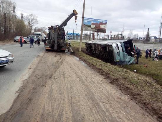 Тверской минздрав сообщил о состоянии пострадавших в аварии в Торжке