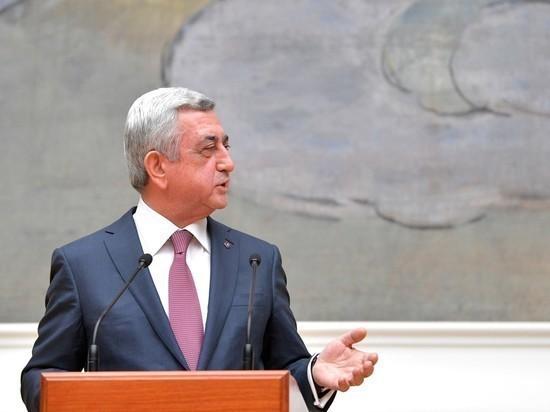 Серж Саргсян ушел в отставку: кто заменит премьера Армении