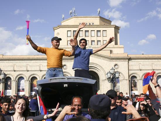 Эксперт о событиях в Армении: план Пашиняна — это план переворота