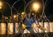 В Ереван ввели спецтехнику для разгона протестующих: обстановка накаляется