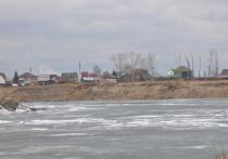 Как жители «речных районов» Приангарья готовятся к возможному паводку