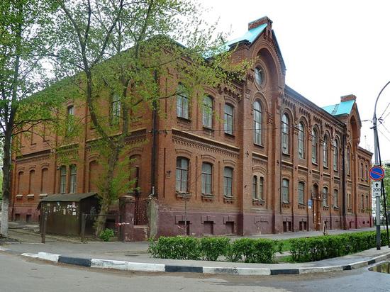 Здание бывшей спортивной школы передали в собственность Тамбовской епархии