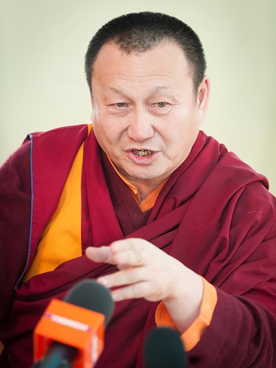 Александр Махачкеев: «Вопрос о смене Хамбо ламы может возникнуть только в экстренных случаях»
