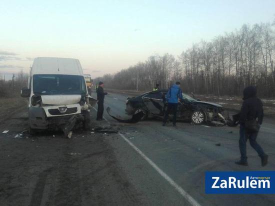 Пять автомобилей столкнулись на трассе в Чувашии, есть пострадавшие