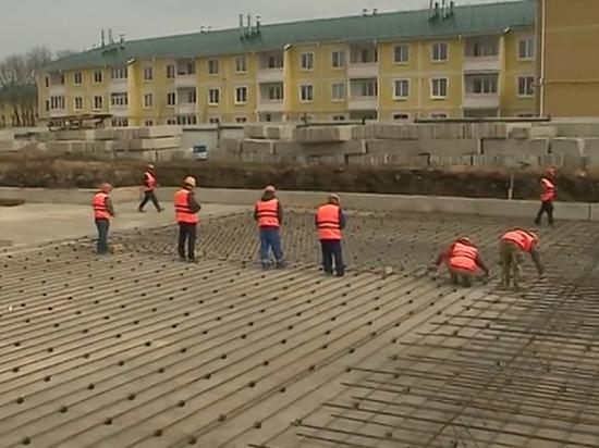 На месте будущего детского сада и школы в «Венеции» развернулась стройка