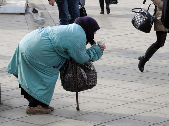Страна-доходяга: россияне отстают по уровню жизни от иностранцев в полтора раза