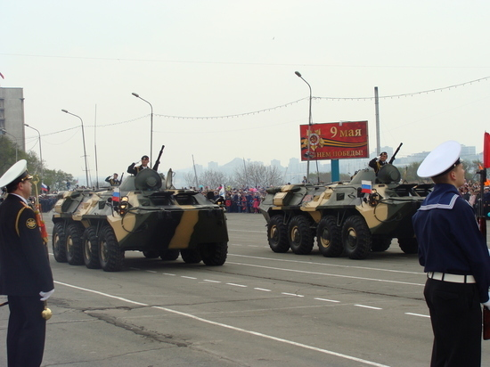 Первая большая ночная репетиция парада прошла во Владивостоке