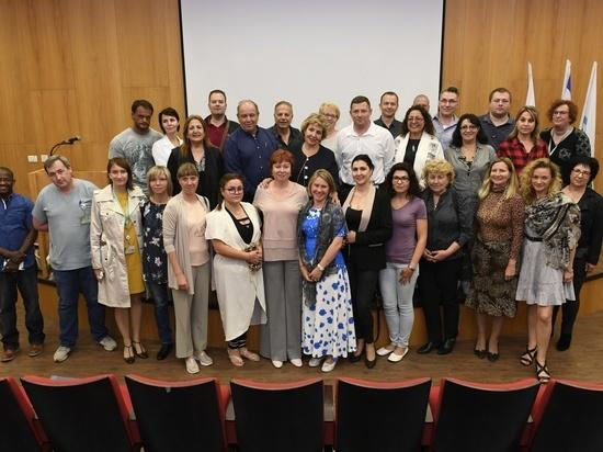 Министр алии и интеграции Софа Ландвер  встретитилась  с репатриантами-врачами