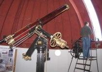 Столичные астрономы завершили реставрацию уникального телескопа