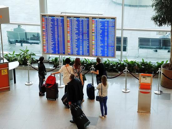 Запреты в аэропортах: кто и кого будет штрафовать