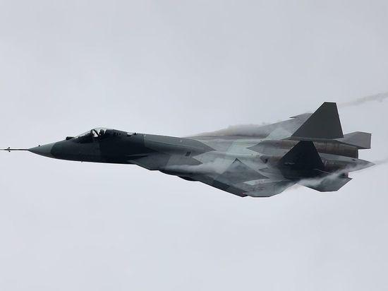 Приземление засекреченного Су-57 попало на видео