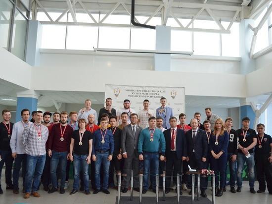 Хоккейная команда «Чебоксары» стала серебряным призером Первенства ВХЛ
